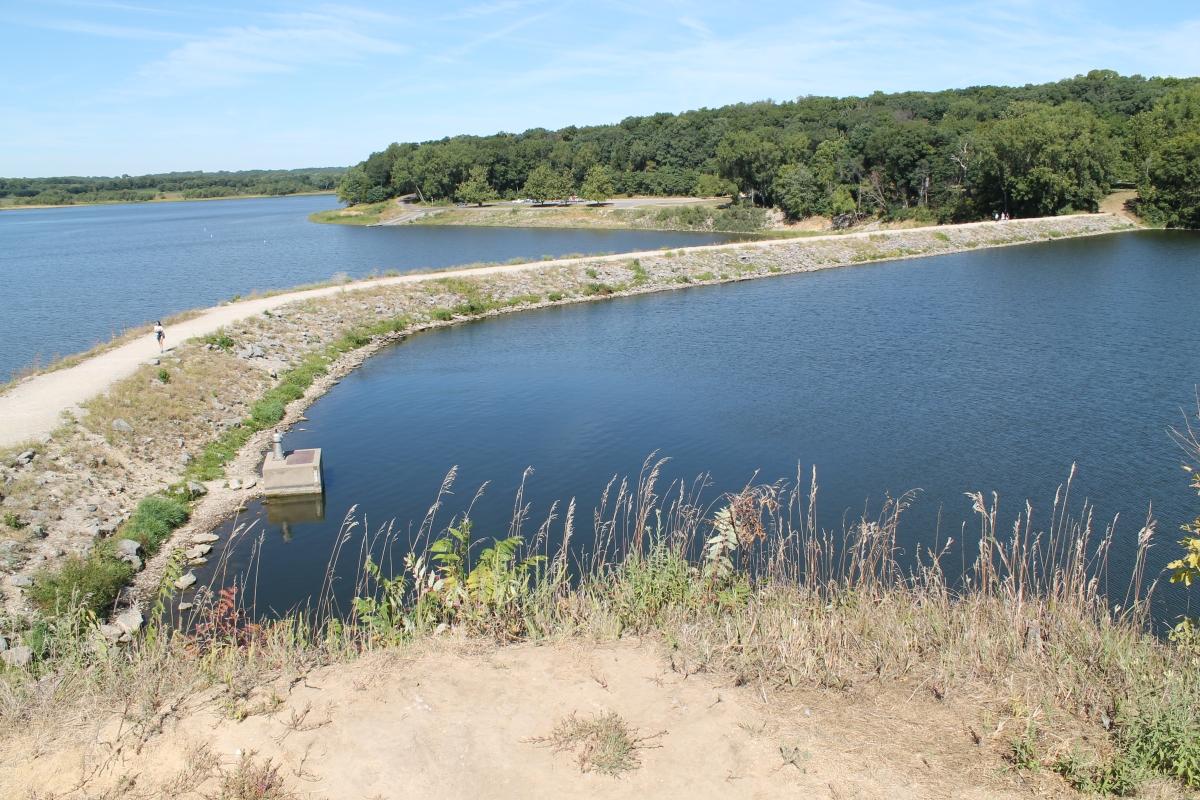 Beach to Dam Trail – Lake Macbride State Park,Iowa
